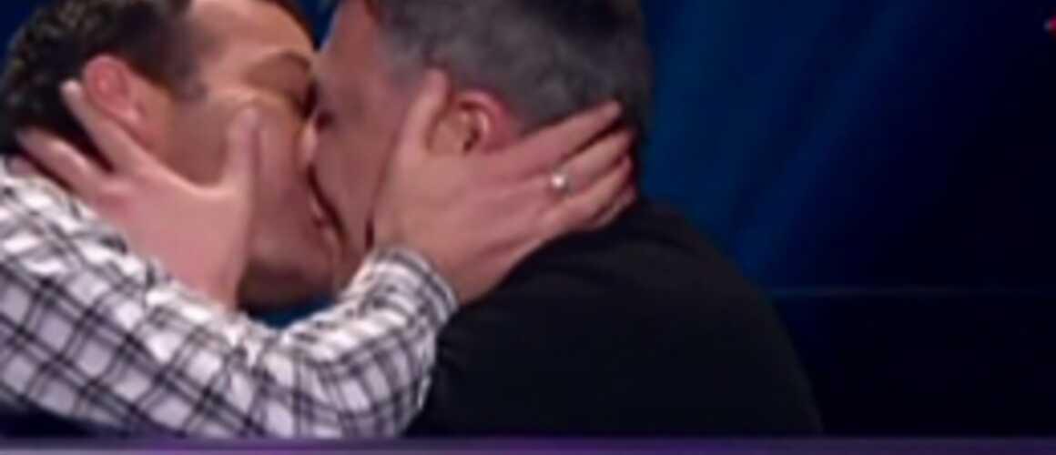 Zapping jeux le baiser de bigard et marc emmanuel nagui a un pr tendant - Marc emmanuel tous pour un ...