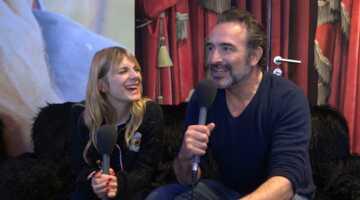 """Le Retour du héros : """"un tournage jouissif"""" pour Jean Dujardin et Mélanie Laurent (INTERVIEW VIDÉO)"""
