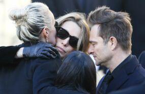 Laeticia Hallyday : son opposition ferme au droit de regard de David Hallyday et Laura Smet sur l'album posthume de Johnny